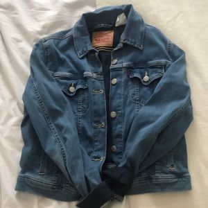 levi's denim jean jacket